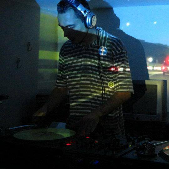Thiago Pery - Future Sounds Radio
